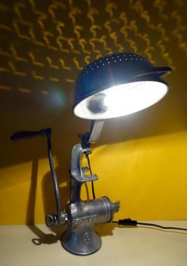 Lampe hachoir passoire 2